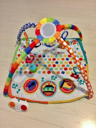 Gimnasio musical Fisher Price, como nuevo