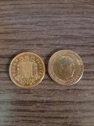 una peseta de 1947 con estrella 53