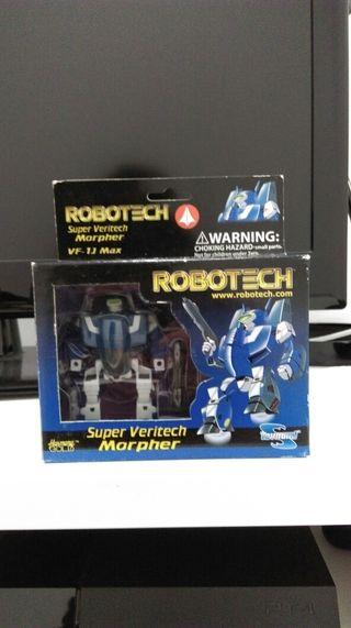 Macross/Robotech Valkiria.