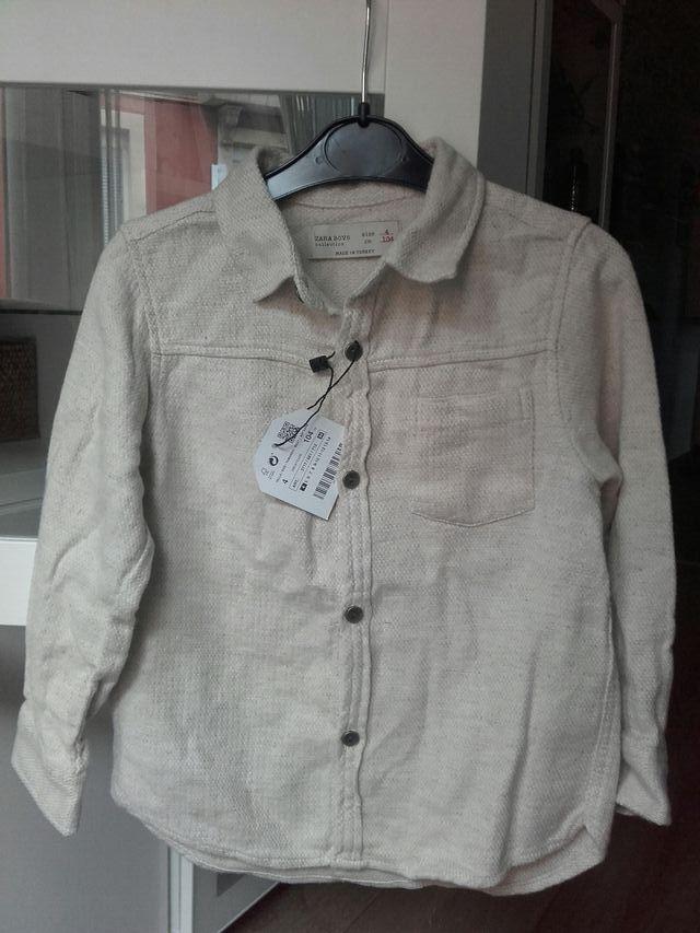camisa Zara Boys t 3-4, con etiqueta
