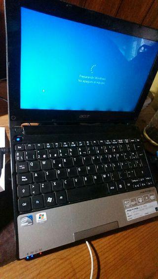 Netbook Acer Aspire D255