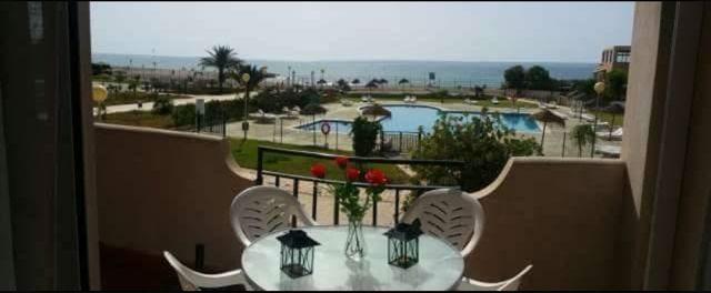 Apartamento primera linea de playa. Vera playa.
