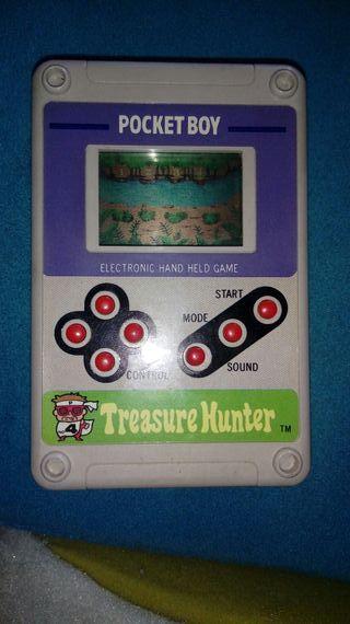 Treasure Hunter Pocket Boy