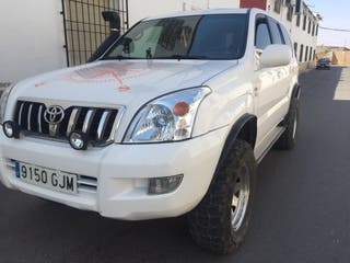 Toyota Land Cruiser 3.0 D-4D 4x4 8 Plazas