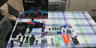 dron eachine v tail 210