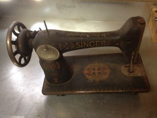 Antigua maquina SINGER