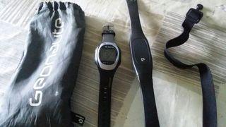 reloj con medidor de pulsaciones