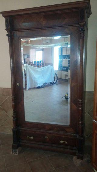 armario antiguo para restaurar