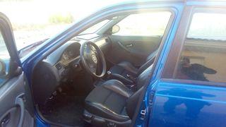 MG ZS 2003
