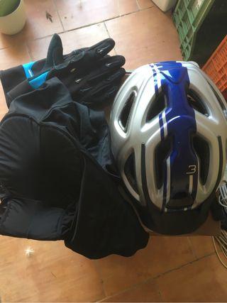 Bicicleta guantes casco malla culete