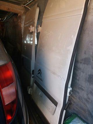 se venden las puertas de la citroen jumper 2017