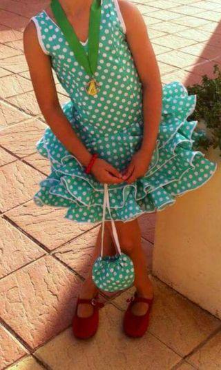 Traje de flamenca niña talla 4