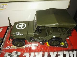 jeep willys 1/18 solido