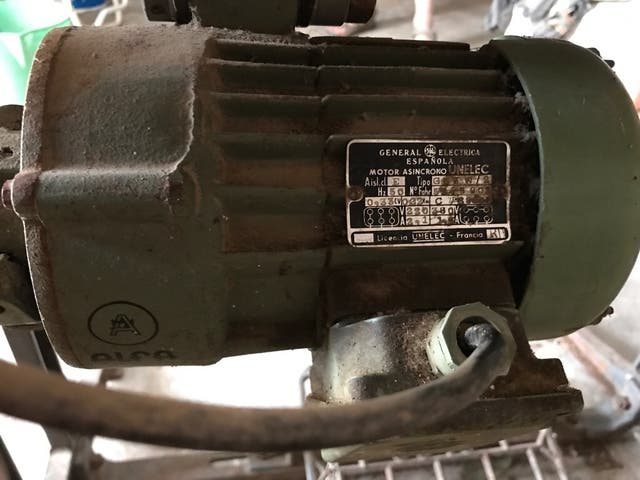 Máquina de coser industrial Alfa 127-500