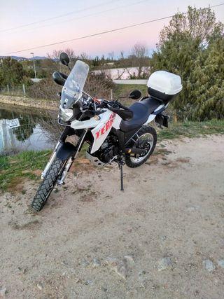 Moto derbi terra aventure 125