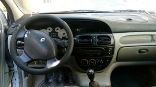 Renault Scenic RX4