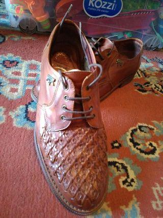 Zapatos hombre pikolinos