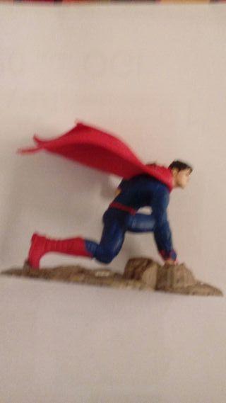 Figura superheroe
