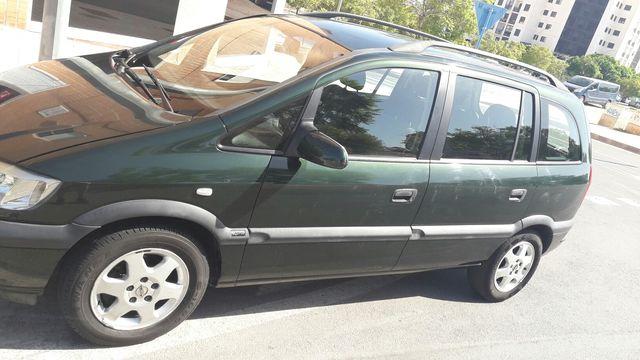 Opel Zafira 2.0 DTI 16V