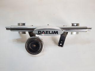 Daelim daystar. soporte intermitentes y claxon