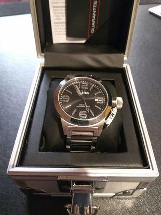 Reloj TW Steel 300