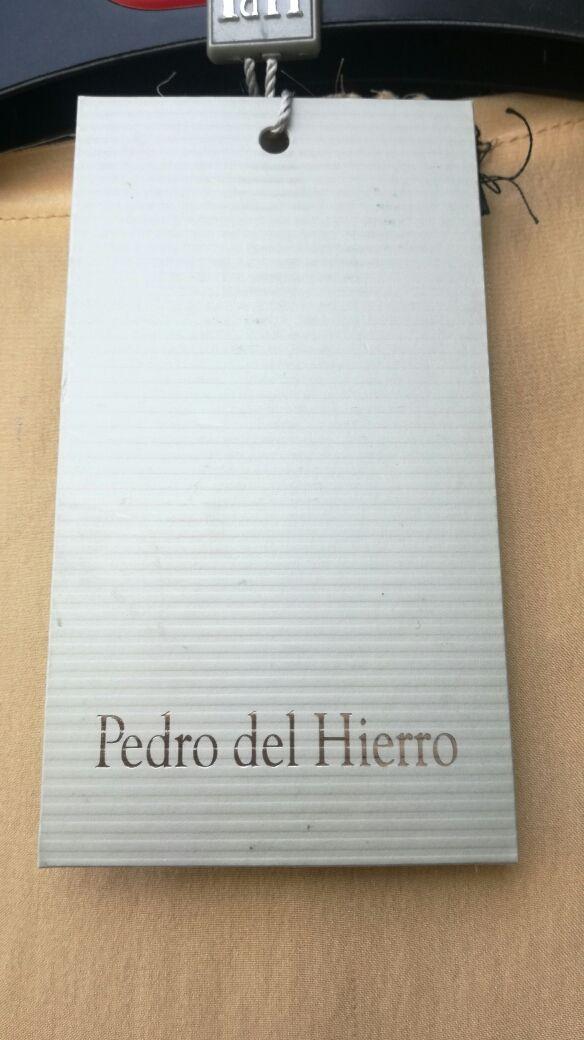 Blusa Pedro del Hierro seda con pedreria