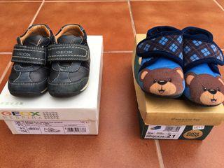 Lote de dos zapatos de niño