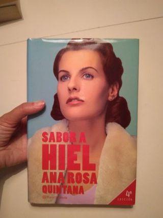 """Libro """"Sabor a hiel"""" de Ana Rosa Quintana"""