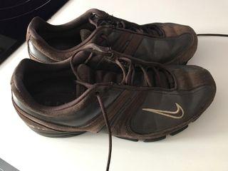 Zapatillas Nike en buen estado