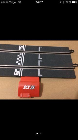 Pista salida + mandos de scalextric nuevo