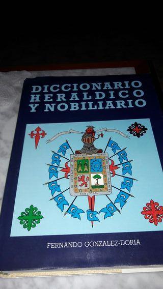 Diccionario Heraldico y Nobiliario.