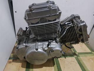 Motor Hyosung Aquila 125cc