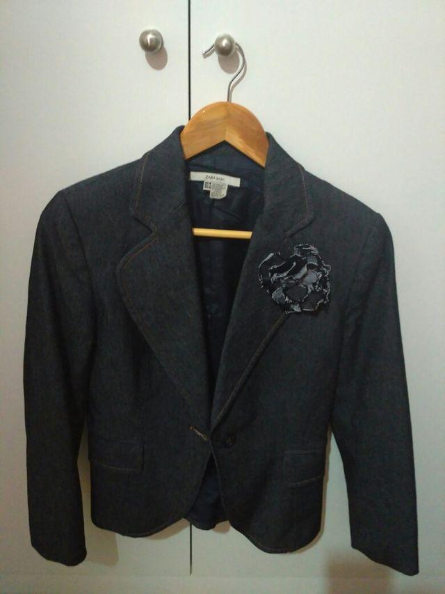Chaqueta Vestir Vaquera Zara Basic De Segunda Mano Por 20