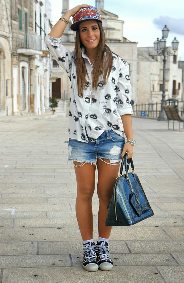 Shorts bershka con rotos