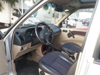 Nissan Terrano II 2001
