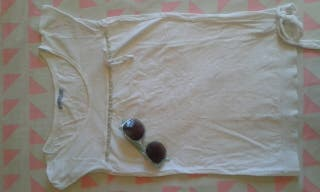 Camiseta blanca lazos volantes M