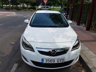 Opel Astra 1.7 CDTI 110cv cosmo