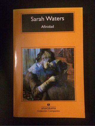 afinidad de sarah waters