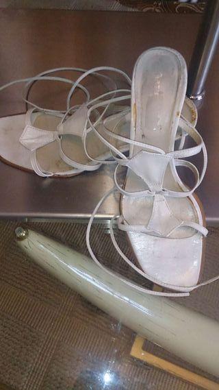 Zapato sandalia de estilo romanas piel
