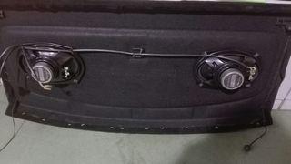 bandeja con altavoces pioneer para Golf V