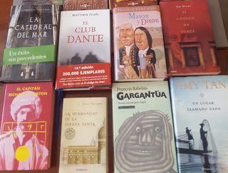 Varios libros de lectura. Cada título 10€.