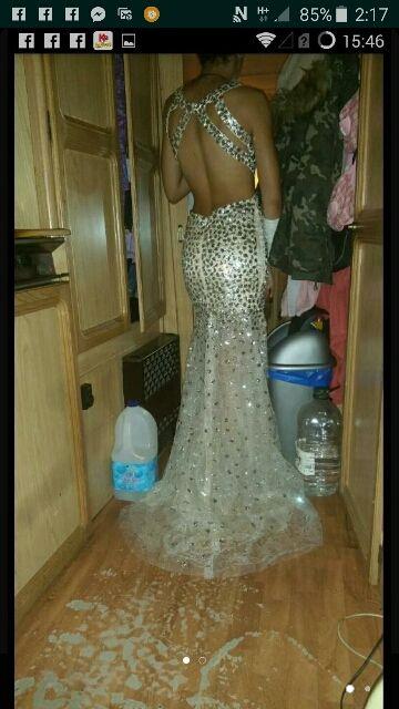 vestido de boda gitana de segunda mano por 180 € en la canonja en