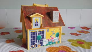 Ref. 5167 Casa de muñecas-maletín de Playmobil.