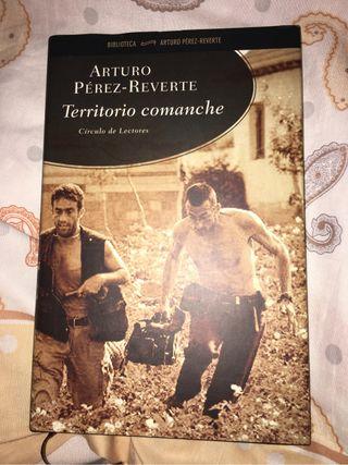 Libro lectura Arturo Pérez-Reverte