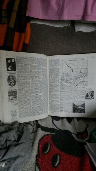 encyclopedia francés