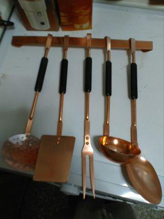 utensilios de cocina rústicos