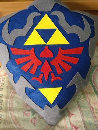cojín escudo familia real zelda