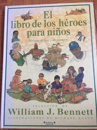Libro de los héroes para niños