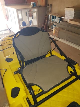 Kayak a pedales hélice + sonda GPS