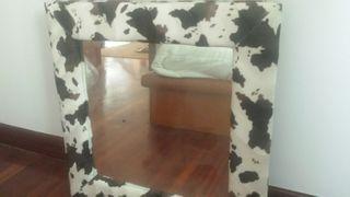 Espejo grande de pelo imitiacion vaca